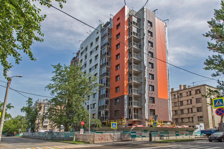 В Даниловском районе завершается строительство дома по реновации