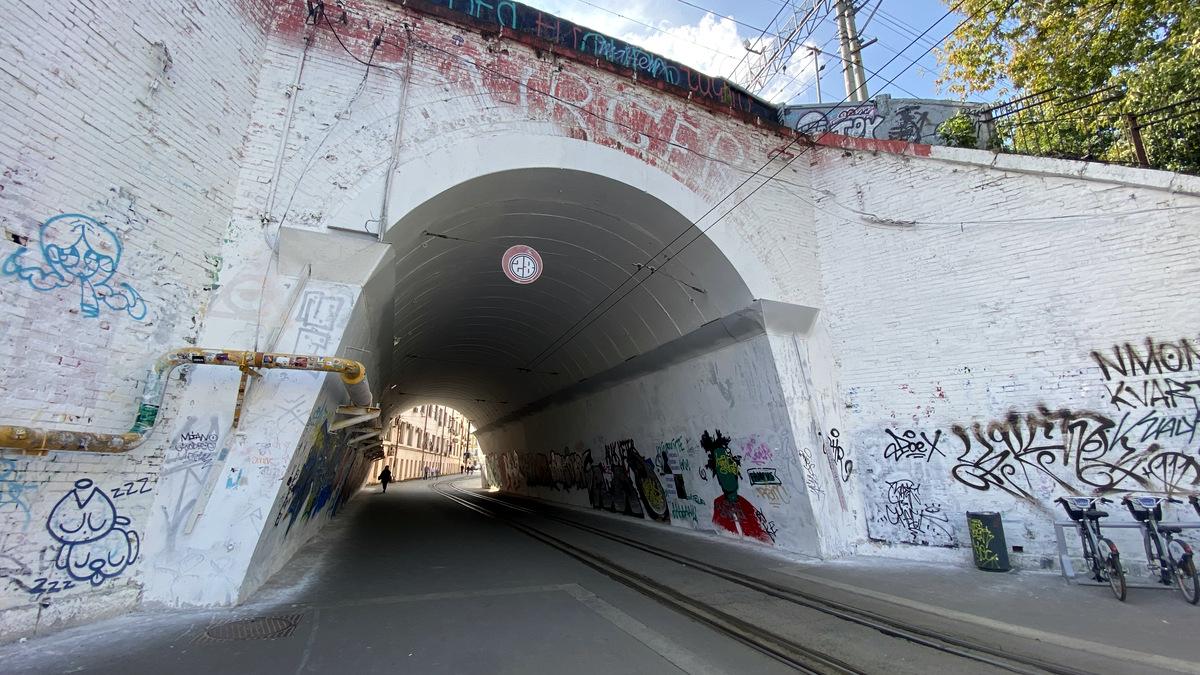 Движение трамваев закрывается по единственному в Москве однопутному тоннелю