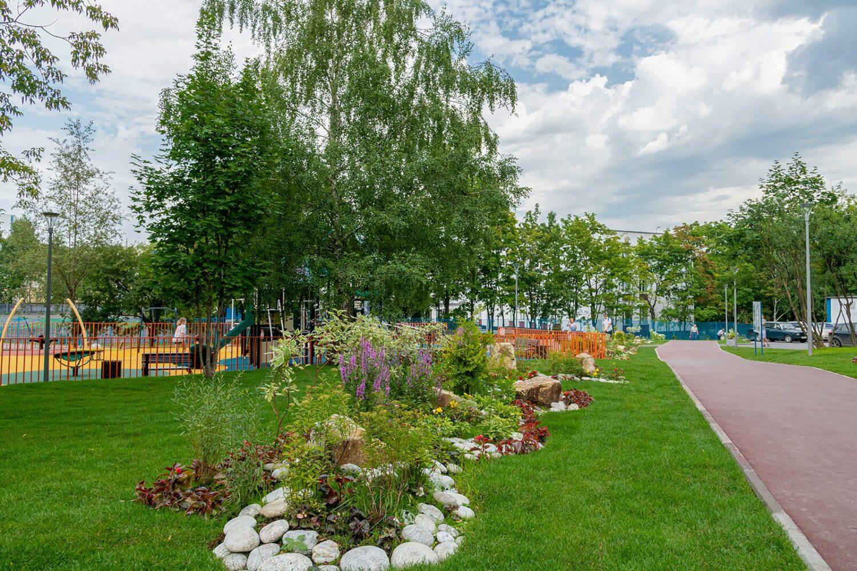 Футбольное поле в районе Ясенево построят до конца года
