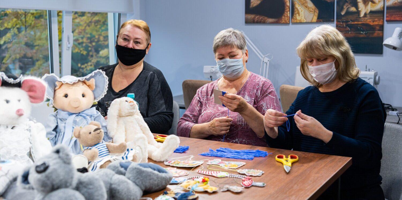Девять центров социального обслуживания нового формата открылись в Москве